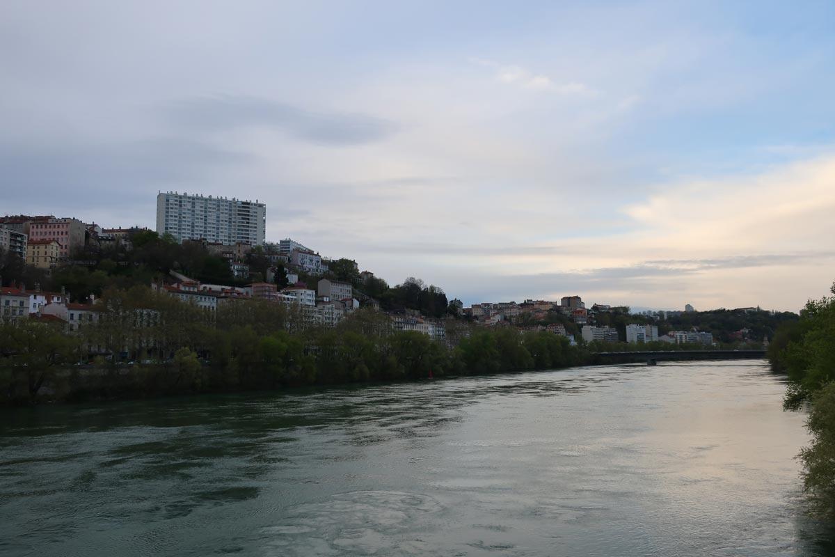 projet urbain lyon confluence girondins
